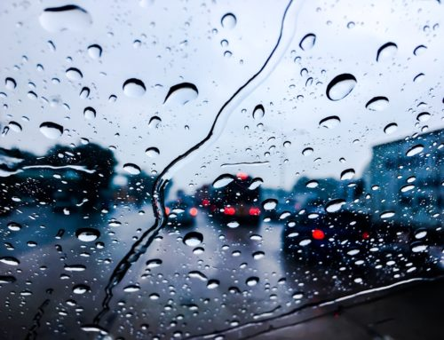 How to Safely Drive in the Rain